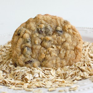 LGS Soft raisin oatmeal cookies (approximately 20 pc)
